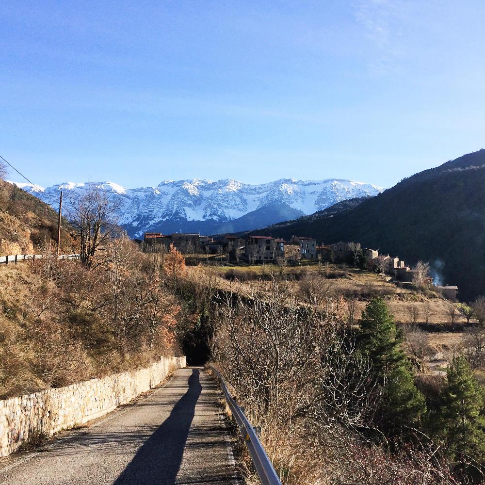 Arrivée au village d'Arsèguel