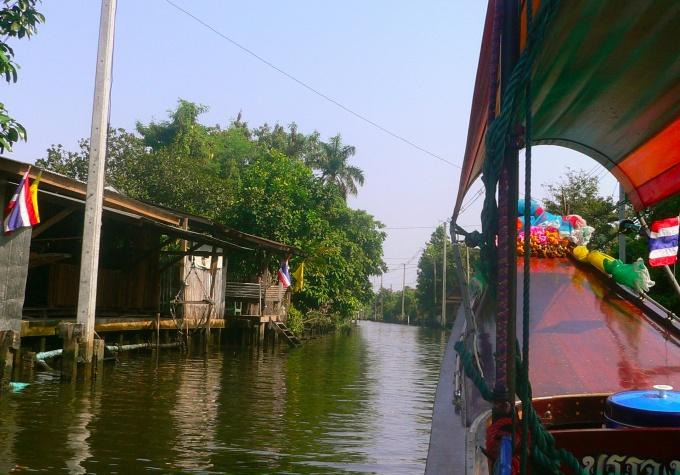 Sur les klongs de Bangkok