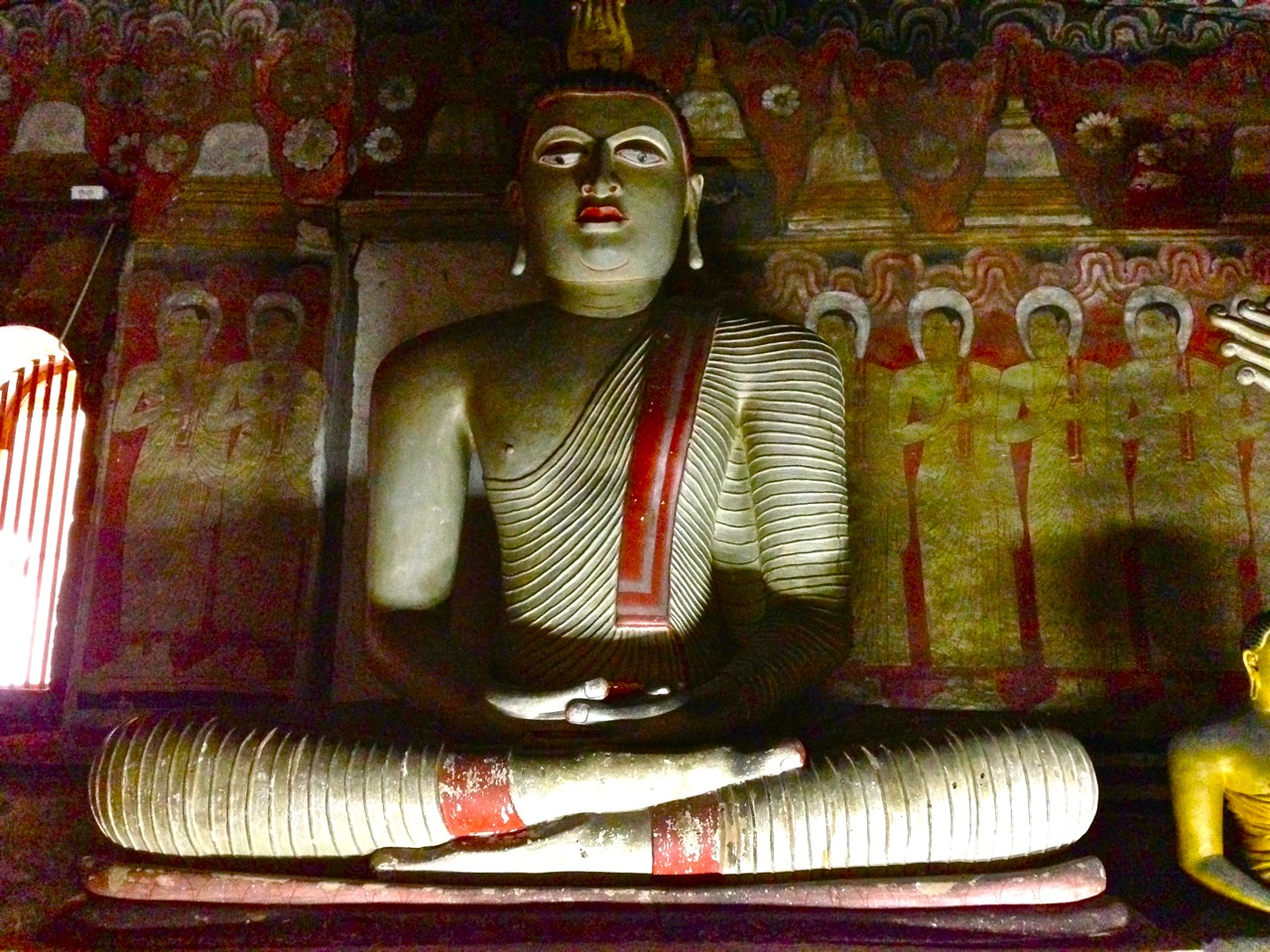 bouddha dambulla sri lanka