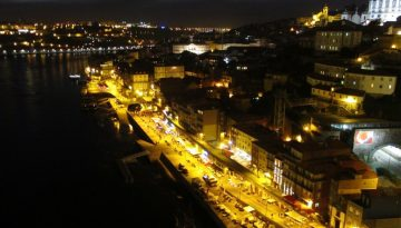 Le Douro by night, panorama sur Porto le nuit.