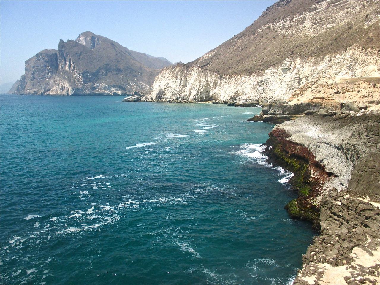 Les falaises de Mughsail dans le Dhofar.