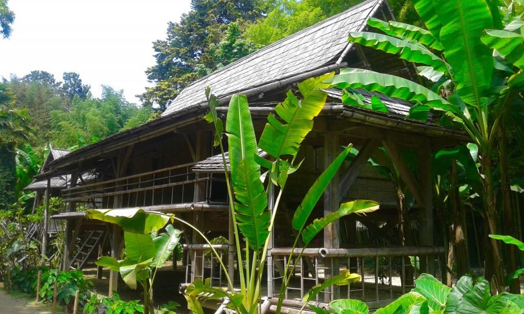 Le village laotien de la Bambouseraie d'Anduze.