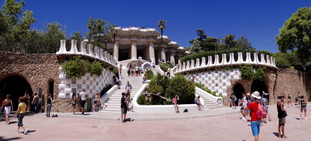 Escalier du Dragon au Park Güell