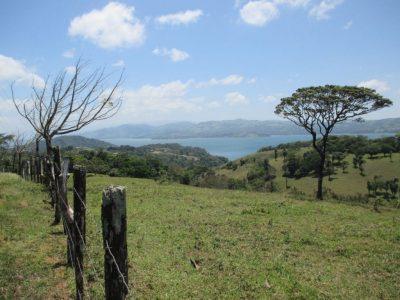 La route du lac Arenal, en direction de Nicoya