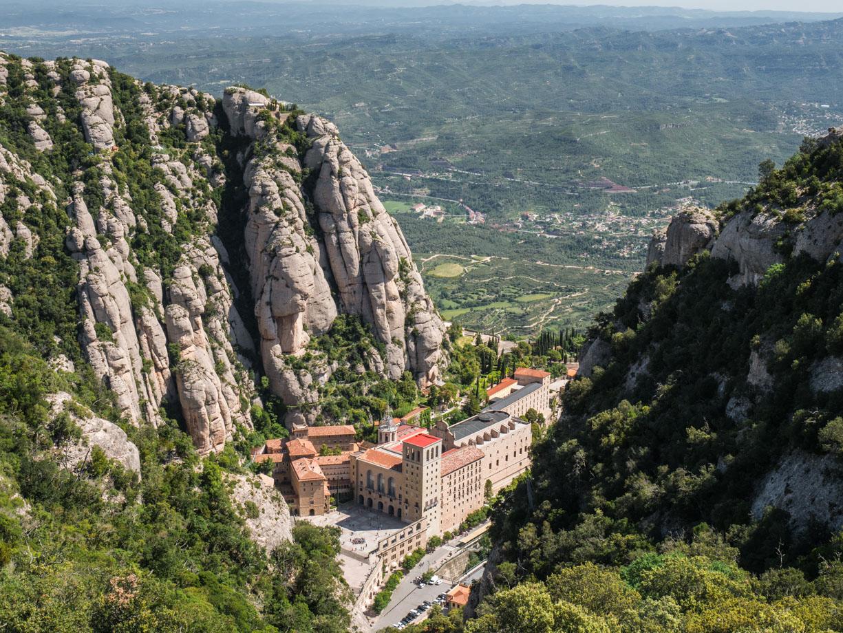 Panorama sur Montserrat