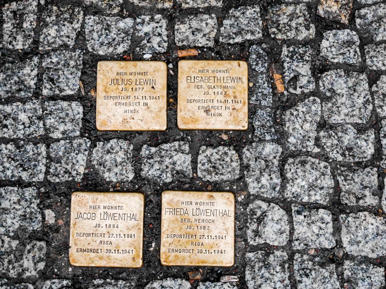 Les trottoirs de Karl Marx Strasse