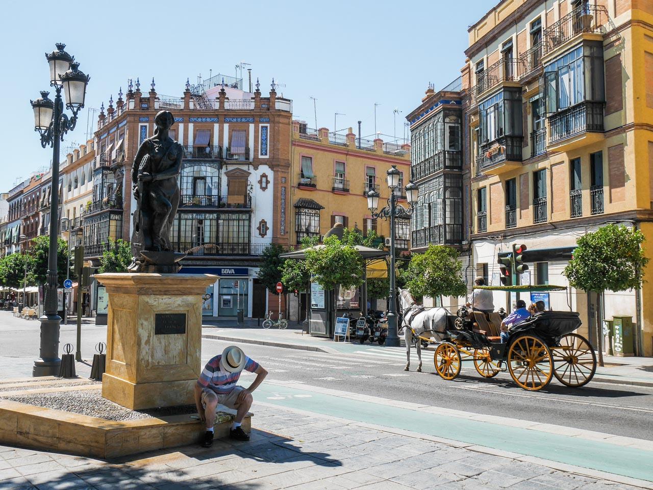 Porte d'entrée vers le quartier de Triana à Séville