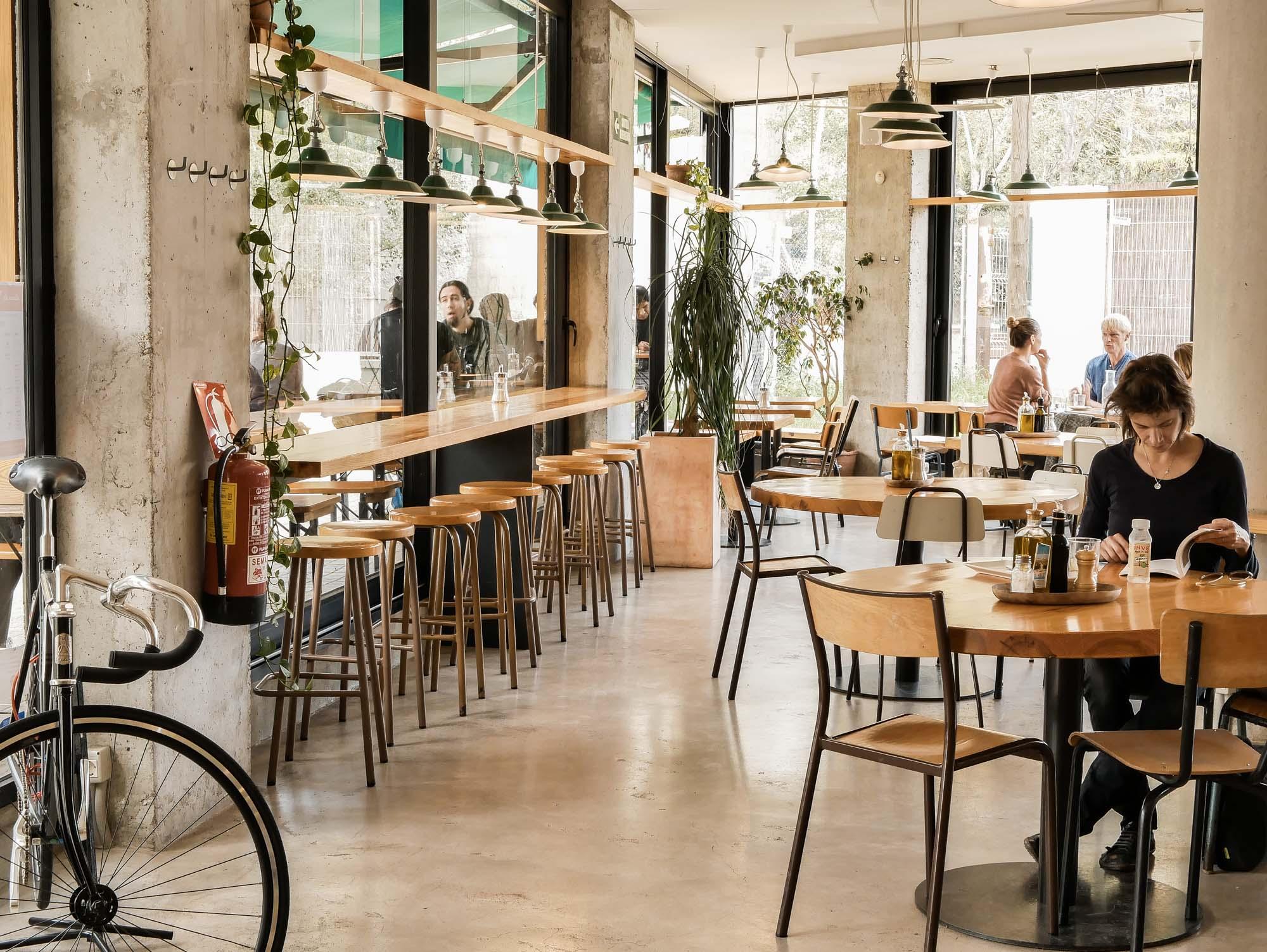 Où manger à Poblenou : le restaurant végétarien Sopa