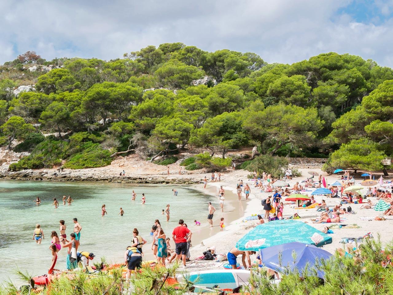 Cala Macarella : l'une des plus belles plages de Minorque