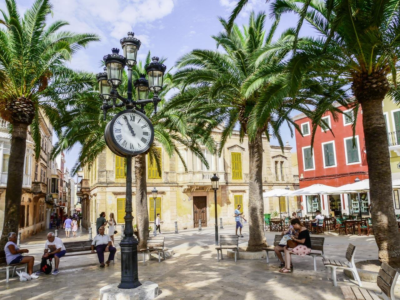 Dans les rues de Ciutadella de Menorca