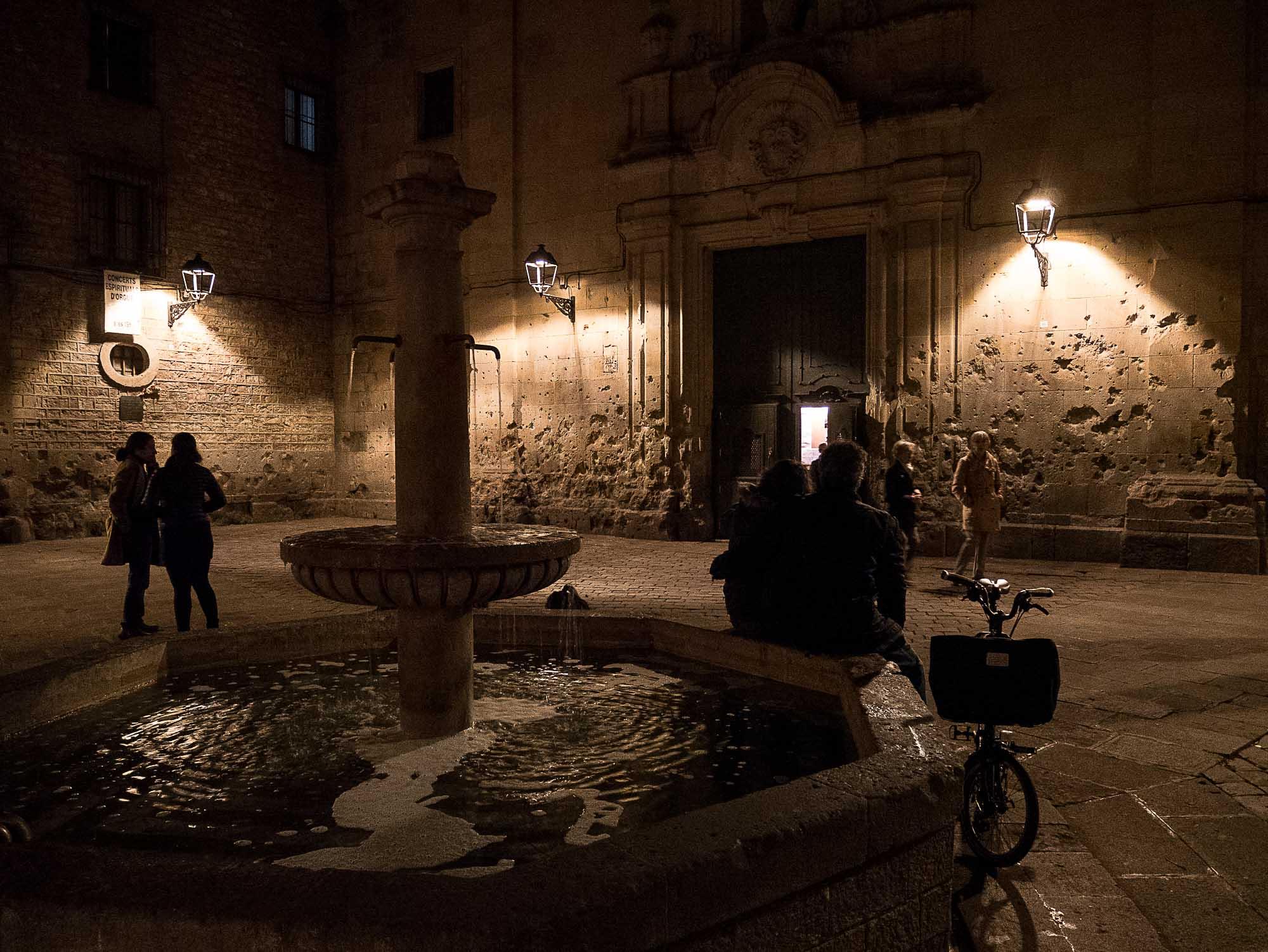 La place felip neri à Barcelone