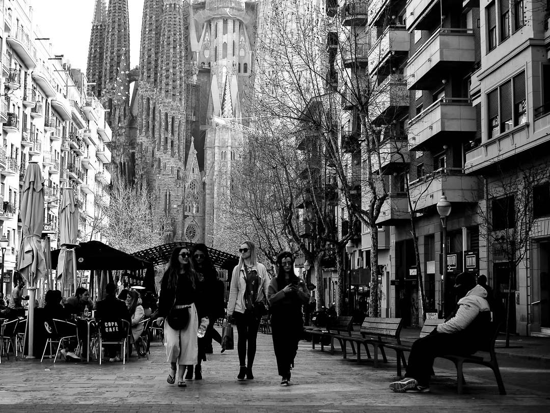 Barcelone en noir et blanc : photographie de rue