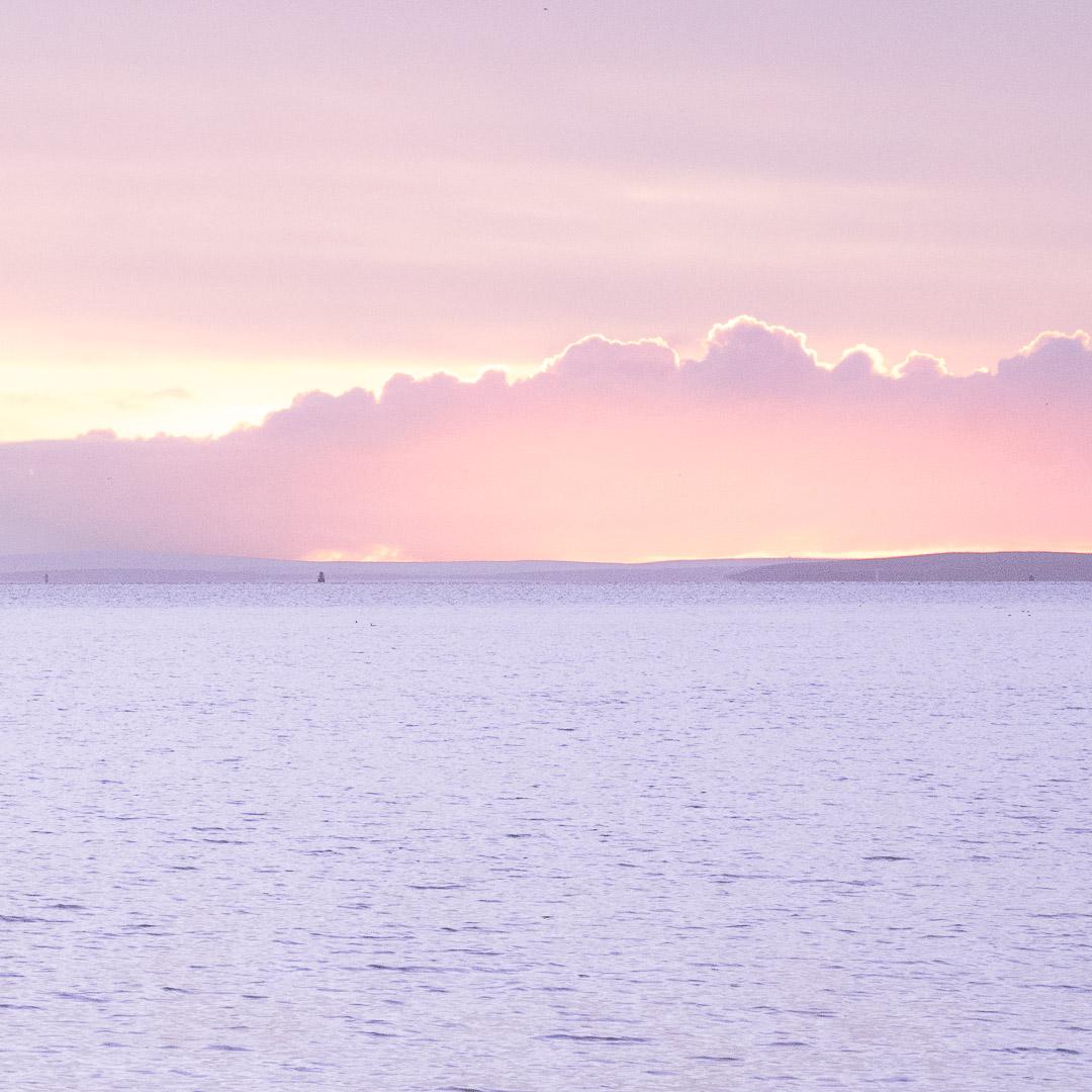 Au petit matin dans l'archipel des Orkney