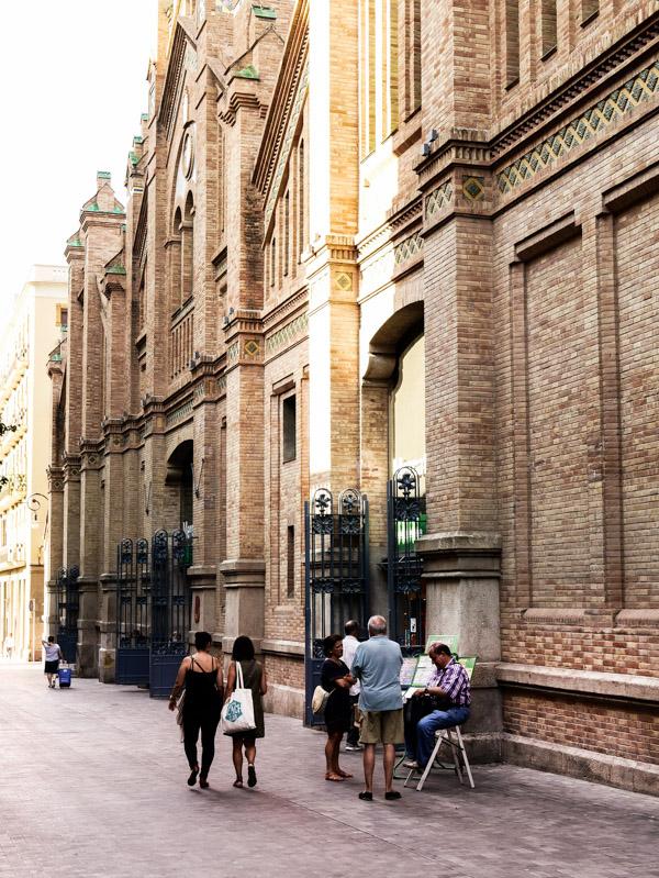 Visiter le marché de Sants à Barcelone