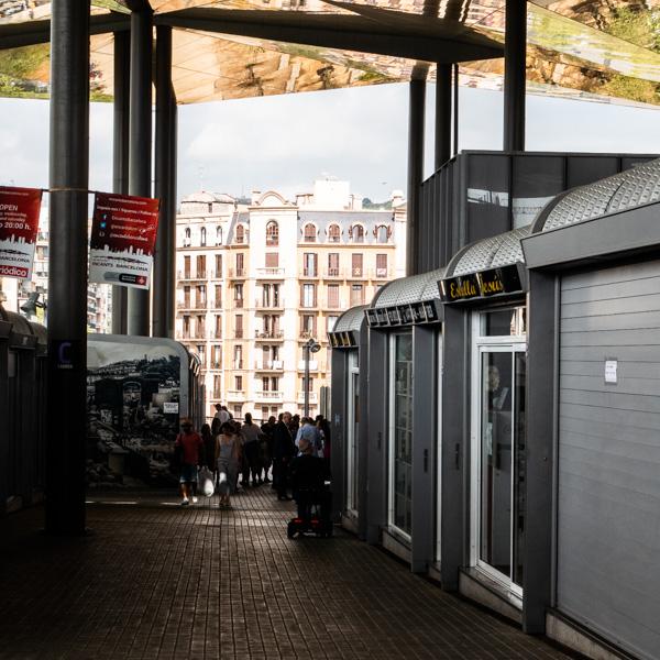 Visiter le marché d'Encants sur la plaça Glories
