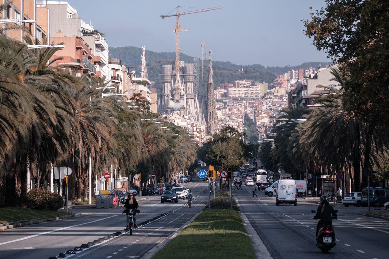 Balade à pied : panorama sur la Sagrada Familia