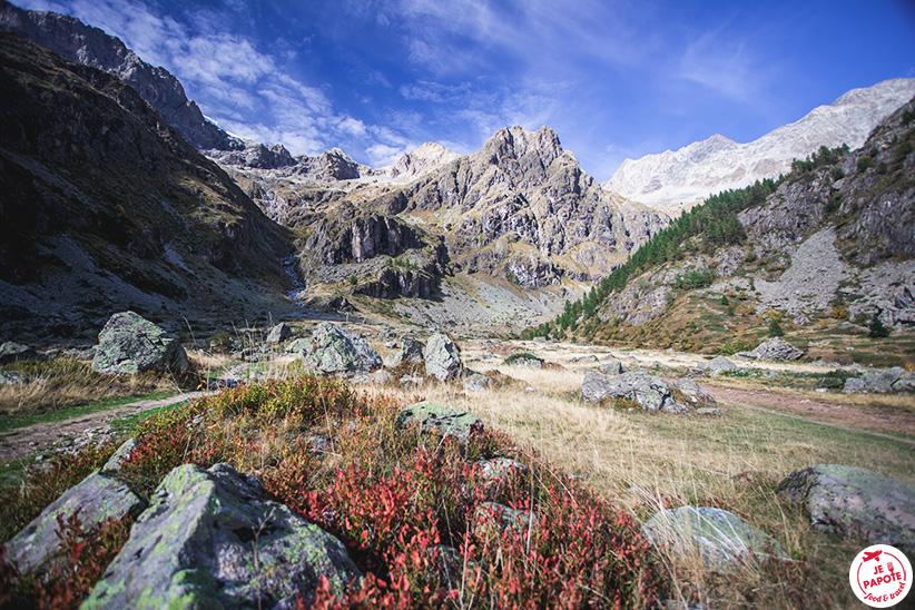 Découvrez la vallée de Valgaudemar en France.