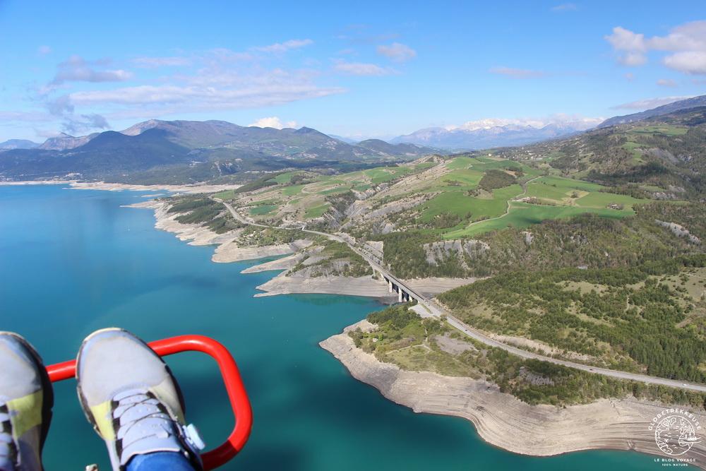 Survoler le lac de Serre Ponçon
