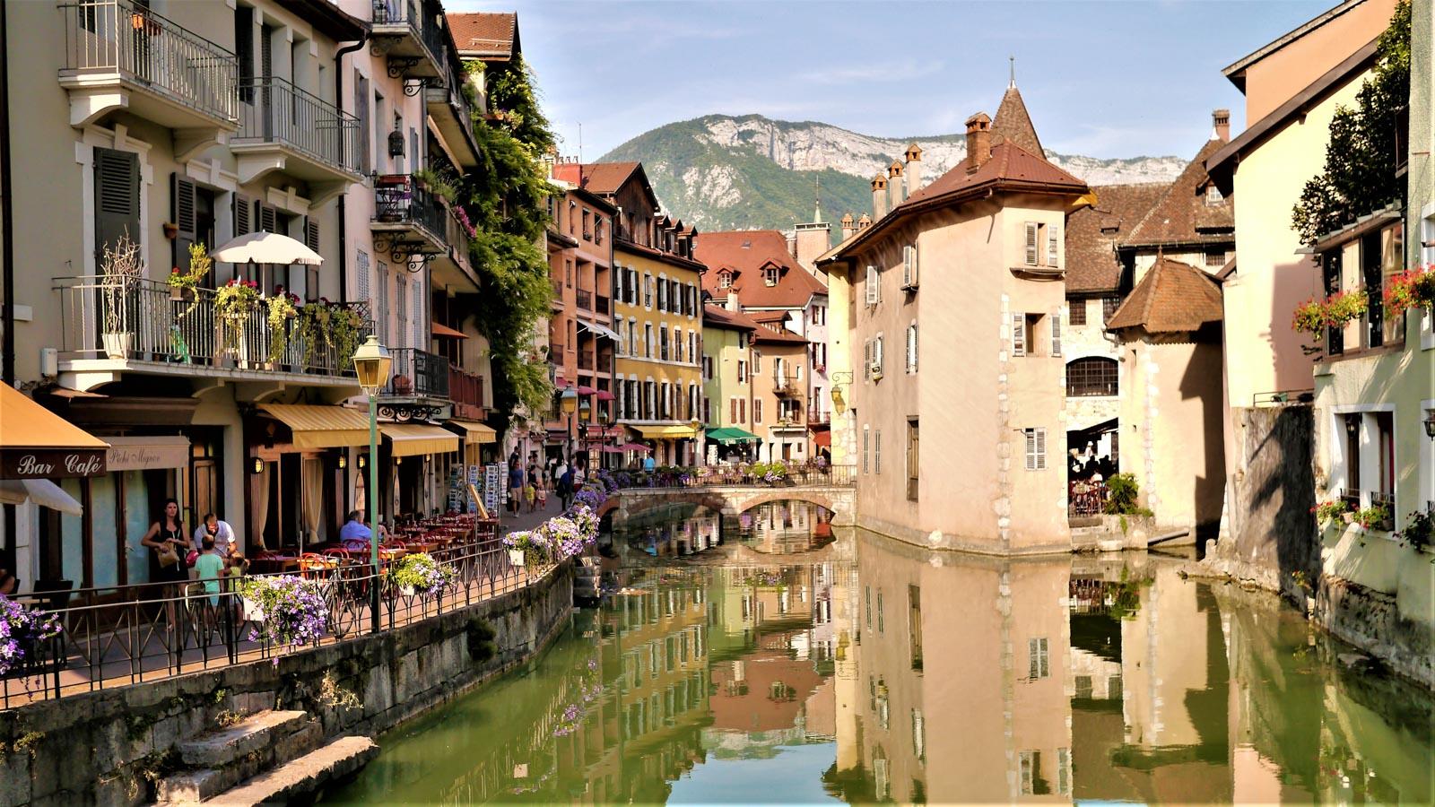 Séjour urbain dans les Alpes : Annecy