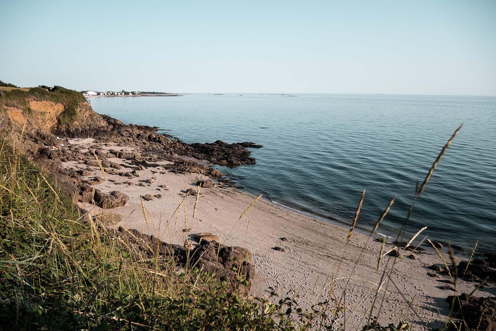 Au bord d'une plage en Bretagne