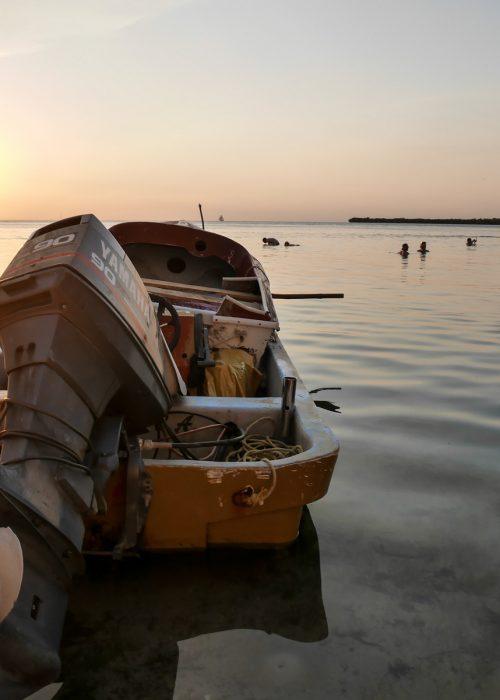 Regarder le coucher de soleil en voyage au Belize