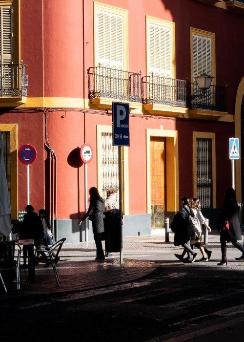 Jeu d'ombres à Séville
